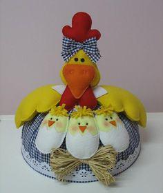 Eu Amo Artesanato: Cobre bolo de galinha e pintinhos