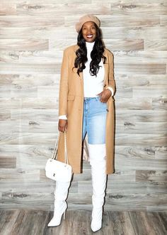 Neutral sweater outfit for women | 40plusstyle.com