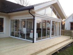 Conservatory Extension, House Extension Design, Porch And Balcony, Screen House, Wall Shelves Design, Architectural Design House Plans, House Extensions, Home Additions, Outdoor Entertaining
