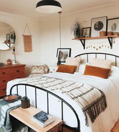 Elegant Home Interior Feast your eyes on this fall bedroom set up by Apogee Interiors The bed is The Original Bed Company waldo Shout yourself out in the Dream Bedroom, Home Bedroom, Bedroom Furniture, Dream Rooms, Bedroom With Couch, Bedroom Mirrors, Bedroom Suites, Bedroom Chair, Modern Bedroom