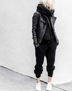 How to Look Chic While Wearing Sweatpants (No, Really) #RueNow