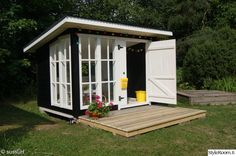 Lean to with deck Garden Playhouse, Playhouse Outdoor, Backyard Office, Backyard For Kids, Cubby Houses, Play Houses, Shed Patio Ideas, Cabana, Cottage Homes