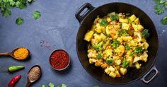 Recette de Poêlée épicée Croq'Kilos aux pommes de terre, chou-fleur et brocolis. Facile et rapide à réaliser, goûteuse et diététique.