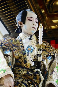 thekimonogallery: Kodomo Kabuki, Japan via: Yellowmenace - Tha Menace iz. Always Livin' Again Judo, Karate, Martial, Noh Theatre, Matsuri Festival, Sea Of Japan, Memoirs Of A Geisha, Turning Japanese, Art Japonais