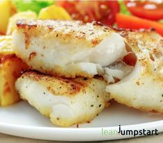 Clean Eating Cod Fish with Cod Fish Fillets Salt Pepper Plain Flour Oil. Clean Eating Cod Fish with Cod Fish Fillets Salt Pepper Plain Flour Oil. Seafood Dishes, Seafood Recipes, Cooking Recipes, Cod Dishes, Seafood Platter, Cooking Fish, Cooking Videos, Main Dishes, Cod Fillet Recipes