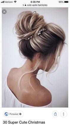 36 Super Cute Christmas Hairstyles For Long Hair – Hair Styles Club Medium Long Hair, Medium Hair Styles, Curly Hair Styles, Homecoming Hairstyles, Wedding Hairstyles, Matric Dance Hairstyles, Hairstyles Haircuts, Braided Hairstyles, Easy Formal Hairstyles