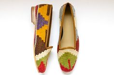 These loafers made from vintage kilims are totally on trend for spring. #EtsyLuxembourg