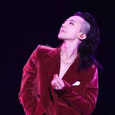 GD; Gdragon; Jiyong; Kwon Jiyong; Bigbang; 권지용 ; 지드래곤 Daesung, Bigbang, Red Leather, Leather Jacket, Jiyong, G Dragon, Gd, Jackets, Night