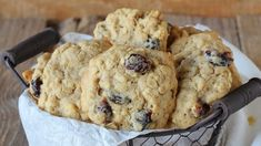 Make this recipe for Oatmeal, Walnut and Dried Plum Cookies from Alicia Silverstone's The Kind Diet. Walnut Cookie Recipes, Walnut Cookies, Breakfast Recipes, Dessert Recipes, Desserts, The Kind Diet, Prune Recipes, Dried Plums, Sugar Cravings