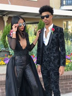 Homecoming Outfit Ideas Gallery homecoming outfits for black young couples on stylevore Homecoming Outfit Ideas. Here is Homecoming Outfit Ideas Gallery for you. Homecoming Outfit Ideas homecoming outfits for black young couples on stylev. Homecoming Outfits For Guys, Prom Suits For Men, Homecoming Suits, Prom Tuxedo, Tuxedo Suit, Prom Poses, Homecoming Poses, Prom Couples, Snapchat