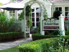 The Doctors House - Kleinburg http://www.thedoctorshouse.ca