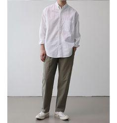 Japan Men Fashion, Korean Fashion Men, Mens Fashion, Japanese Minimalist Fashion, Minimal Fashion, Stylish Men, Men Casual, Mens Clothing Styles, Swagg