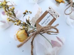 These wedding favours are prefect for vintage and rustic weddings, each favour has 3 handmade oatmeal and shea butter soaps with dried flowers for decoration Soap Gifts, Soap Wedding Favors, Shea Butter Soap, Rustic Weddings, Handmade Items, Handmade Gifts, Soap Making, Dried Flowers, Soaps