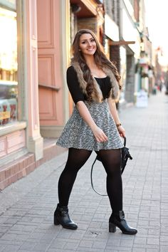 Geek Chic Outfits, Sporty Outfits, Cute Outfits, Pantyhose Outfits, In Pantyhose, Curvy Women Fashion, Girl Fashion, Looks Hip Hop, Pernas Sexy
