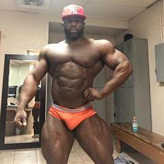Мышцы - Темная сторона - Бенни Брэнтли