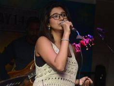 Shaktishree Gopalan has performed and impressed the crowd gathered, by her mesmerizing voice in #Chennai. #live #news from www.chennaiungalkaiyil.com.