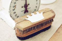 Vintage Horse Hair Shoe Shine Brushes~ Blondiensc.etsy.com