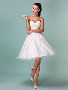 A Line Wedding Dress Knee Length Lace and Organza Sweetheart Strapless Little White Dress  Easebuy! Free Measurement!