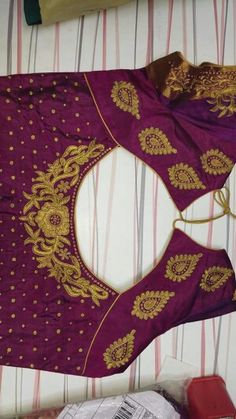 South Indian Blouse Designs, Simple Blouse Designs, Saree Blouse Neck Designs, Bridal Blouse Designs, Maggam Work Designs, Designer Blouse Patterns, Sarees, Fashion Blouses, Lehenga Blouse