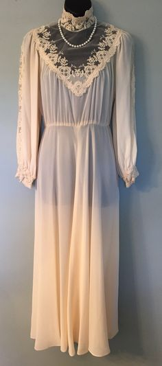 RARE Vintage Miss Elliette California Ivory Chiffon High-neck Lace Victorian Wedding/Evening Gown Size 8