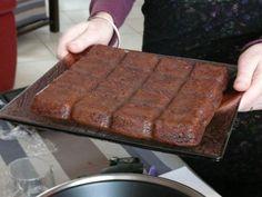 Blondie Brownies, Brownie Cookies, Brookies, Griddle Pan, Tupperware, Macarons, Cake Toppers, Banana Bread, Biscuits
