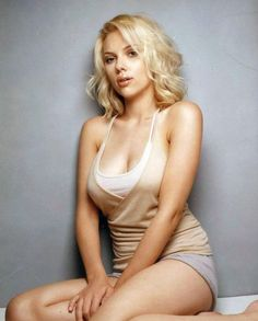 40 Hottest Female Celebrity Bodies of All Time | No. 3 Scarlett Johansson: Full-figured with the classic hourglass frame, the blonde bombshell screams the body ideals of Hollywood's yesteryear, while still satisfying modern demand. From her pouty lips to her rounded hips, Scarlett's figure has become instantly recognizable and iconic. Seriously, what was Ryan Reynolds thinking?!?