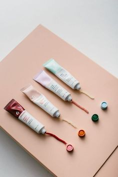 Glossier's Balm Dot Com ☆ Join our Pinterest Fam: @SkinnyMeTea (144k+) ☆ Oh, also use our code 'Pinterest10' for 10% off your next teatox ♡