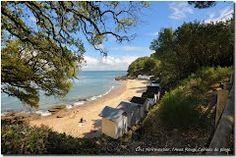 Panoramio - Photo of Noirmoutier, l'Anse Rouge,Cabines de Plage
