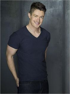 iZombie : Foto Robert Buckley