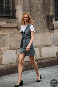 Lauren Santo Domingo by STYLEDUMONDE Street Style Fashion, asymmetric dress, dress over t shirt, deconstructed fashion Funky Fashion, Cool Street Fashion, Urban Fashion, Daily Fashion, Fashion Photo, Teen Fashion, Fashion Outfits, Style Fashion, Fashion Design