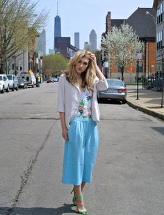 Spring street style look from Chicago by #Dani #McGowen. The outfit is by Asos, #American #Apparel, Sin Clarity, and Steve Madden http://amayzine.com/en/2015/lotd-with-dani-mcgowen/