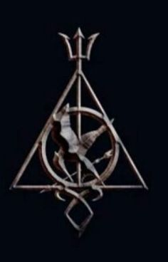 Hunger Games, Harry Potter, the Mortal Instruments, and Percy Jackson. Can I live in this world? Harry Potter Fandom, Harry Potter Universal, Percy Jackson Tattoo, Fandom Symbols, Fandom Jewelry, Fandom Crossover, All Hero, Book Memes, Gaming Tattoo