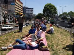 Tactical Urbanism – Cities Built By People For People  Urbane Piknikers in Mexico City reclaim a freeway median. Photo by Ben Welle.