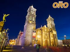 LA MEJOR RUTA DE AUTOBUSES. Si viaja a la ciudad de Puebla no puede perderse el visitar el callejón del artista, un espacio para la recreación y el arte en el que puede encontrar infinidad de artesanías de todas las regiones del estado. En Autobuses Oro le llevamos de manera cómoda y segura a disfrutar de toda la riqueza de Puebla. Le invitamos a consultar nuestra página de internet www.autobusesoro.com para que pueda conocer nuestros destinos y horarios disponibles.  #autobusesapuebla