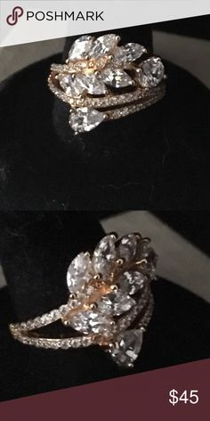💎 High Quality CZ Ring 💎 Very pretty, jeweler quality, CZ ring set in yellow gold over sterling silver. Approximately 2cts. All of my jewelry is bought local through a friend that owns a jewelry store by me. Jewelry Rings