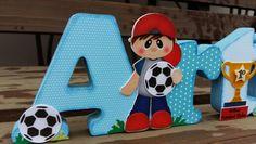 Nome em MDF decorados com técnicas de scrapdecor. Scrap, futebol,chuteira, bola,goleira troféu,Arthur,azul