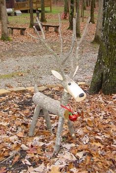 18 Magical Christmas Yard Decorations Don't have a fortune to spend on yard decorations? These DIY Christmas yard decorations are easy and cheap, so there's no reason to hold back. Magical Christmas, Homemade Christmas, Rustic Christmas, Christmas Time, Christmas Ornaments, Diy Christmas Reindeer, Christmas Projects, Holiday Crafts, Holiday Fun