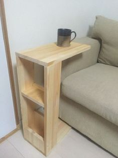 Fun DIY Wood Furniture Projects Advise - Picking Out No-Fuss Programs For DIY Woodworking - Adalberto Flores Diy Furniture Sofa, Furniture Projects, Furniture Plans, Furniture Design, Simple Furniture, Furniture Repair, Antique Furniture, Arm Rest Table, Couch Table