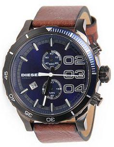 2d5dec69f4b 10 roupas masculinas fundamentais para ser estiloso todo dia. Relógio  Diesel Marrom