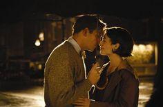 Jim Caviezel & Claire Forlani, Bobby Jones: Stroke of Genius, 2004 - kiss in the rain...
