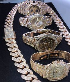 Diamond Watches Collection : All rose gold line up is looking tough out here on . - Watches Topia - Watches: Best Lists, Trends & the Latest Styles Diamond Jewelry, Gold Jewelry, Jewelry Accessories, Fine Jewelry, Rhinestone Jewelry, Diamond Rings, Bling Bling, Diamond Girl, Luxury Jewelry