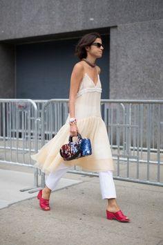 Lingerie inside-out In chiffon profilato di micro rouches, si porta anche sopra i pantaloni. #nyfw #streetstyle #fw16