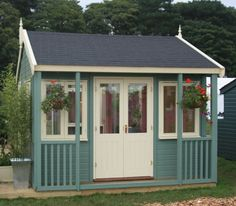 Garden Office Company - Offices, Studios & Garden Rooms - Images Gallery bit more decking out front Cute Little Houses, Cute House, Tiny House, Shed Office, Garden Office, Living In A Shed, Garden Huts, Craft Shed, Garden Workshops