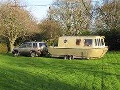 Camper Boat, Shanty Boat, Canal Boat, Narrowboat, Houseboats, Boat Building, Water Crafts, Barn Doors, Wilderness