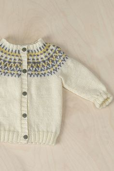Nordic Yarns and Design since 1928 Cute Baby Photos, Cardigan Pattern, Embroidered Jacket, Baby Knitting Patterns, Ravelry, Kids And Parenting, Knitting Projects, Knitting Ideas, Free Pattern