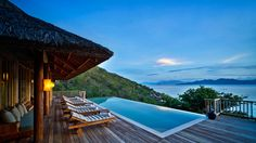 Another piece of Vietnam<3 private pool with an stunning view overlooking the bay #sixsensesninhvanbay