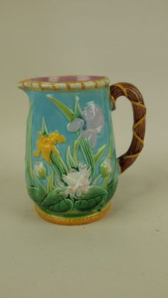 Majolica George Jones turquoise water lily and iris : Lot 3557