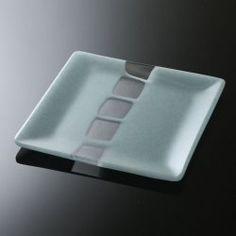 【角皿 中 水 c】水の波紋をイメージした美しいモザイク柄のガラスの角皿。スタイルストア