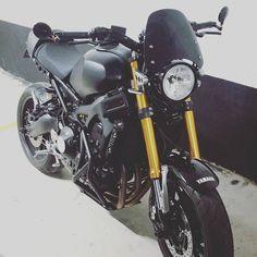 BRAAP!!! Matte Black Wrapped XSR900 #xsr900 #akrapovictitanium #dartflyscreen #kandnfilter #higdonioncage #goldforks #maturehooligan #rizoma #custombike #newragecycles #yamaha #braap #toronto #suburbandelinquent #cyclecruza #royaljordanian #toronto #sexybike #wheeliemachine #xena #beast #rti #vvivid #akra #bikelife #2wheels