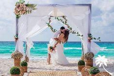 6 destinos para Elopement Wedding fora do Brasil | Aonde Casar Destination Wedding Outdoor Furniture, Outdoor Decor, Destination Wedding, Home Decor, Wedding Venues, Weddings, Couple, Destinations, Decoration Home